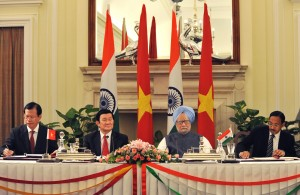 The President of Vietnam, Trương Tấn Sang, with The Prime Minister of India, Manmohan Singh, during the former's state visit to India in 2011.