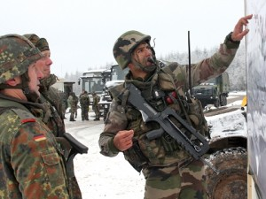 Soldiers of both nations are in Afghanistan. However, soldiers of both nations are in Afghanistan under a national, not a Franco-German, command structure. (Image: Bundeswehr, Winkler)
